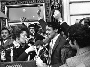The Times of Harvey Milk - Szene