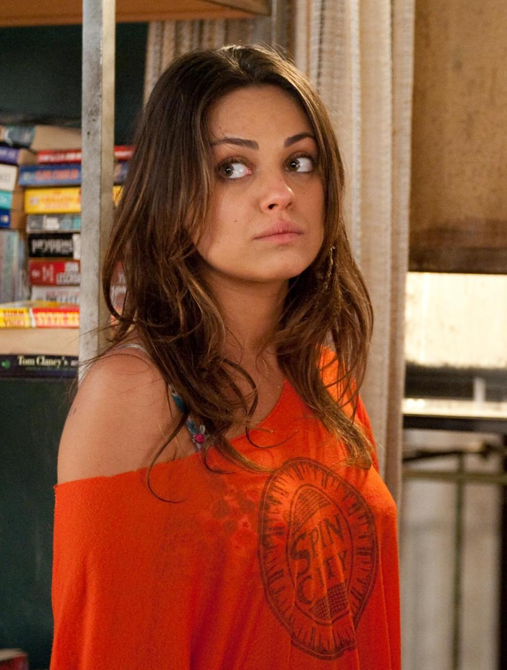 mila kunis filme. Black Bedroom Furniture Sets. Home Design Ideas